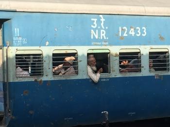 Inde,Uttar Pradesh,Bareilly,train,gare