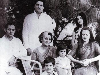 inde,premier ministre,politique,gandhi,nehru,dynastie,indira gandhi,sonia gandhi,rajiv gandhi,rahul gandhi,sanjay gandhi,le sari rose,javier moro,congress,bjp,élections