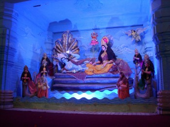 inde,hindouisme,religion,mythologie,représentation,vishnou,lakshmi,chattarpur mandir