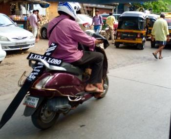 Inde,scooter,moto,croix